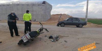 Karaman'da Otomobil İle Motosiklet Çarpıştı