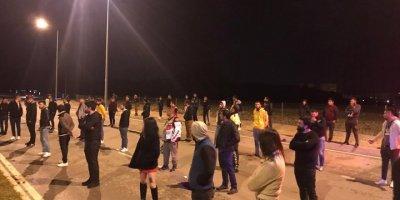 """Antalya'da """"Drift"""" Yapanlara Sosyal Mesafe Korunarak Ceza Kesildi"""
