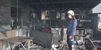Eşyaları Yanan İşçiler, Yangın Sonrası Gözyaşlarını Tutamadı