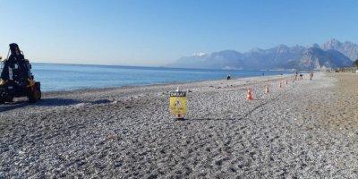 Konyaaltı Sahili Sezona Hazırlanıyor