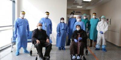 Türkiye'de Kovid-19 Tespit Edilenlerden 185 Bin 292'si İyileşti