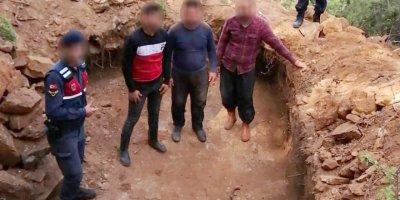 Alanya'da Defineci Baba Oğul, Gazipaşa'da Kafadarlar Yakalandı