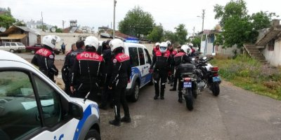 Antalya'da Sokak Kısıtlamasını İhlal Eden 4 Kişiye Ceza