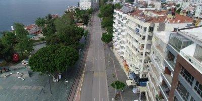 Antalya'da Korona Gölgesinde Sessiz 1 Mayıs