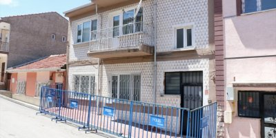 Eskişehir'de İki Katlı Ev Karantinaya Alındı