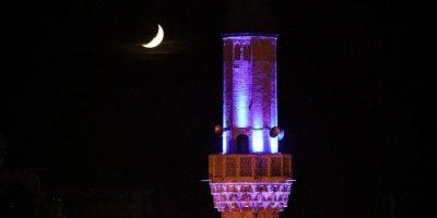 Karaman'da Minare İle Hilalin Buluşması Mest Etti