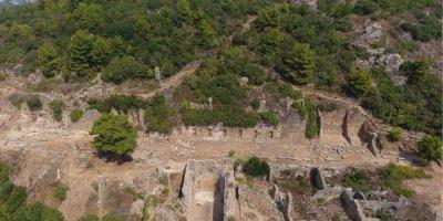 Syedra Antik Kentinde Arkeolojik Çalışmalarında KMÜ Etkisi