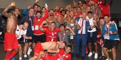 Antalyasporlu Futbolcularun Galibiyet Sevinci