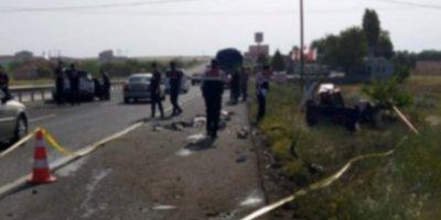 Cenazeye Giderken Aksaray'da Kaza Yaptılar: 1 Ölü, 3 Yaralı