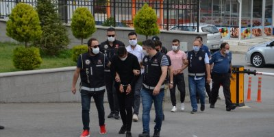 Karaman'da Yakalanan 3 Uyuşturucu Zanlısından 2'si Tutuklandı
