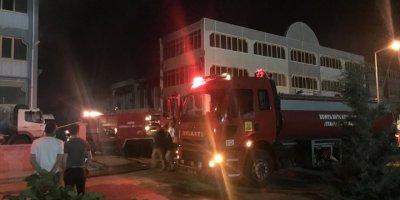 Konya'da Kauçuk Ve Sünger Fabrikasında Yangın