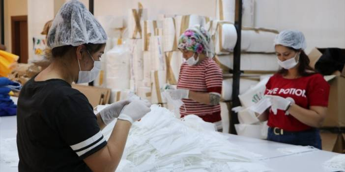2500 Nüfuslu Beldede 2 Milyondan Fazla Maske Üretildi