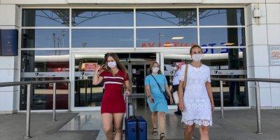 Turistlerin Koronavirüs Tedbirli Yolculuğu