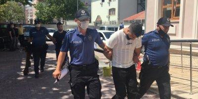 Konya'da Hırsızların Kadın Kılığına Girmesi Kurtarmadı