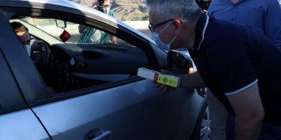Niğde Valisi Yılmaz Şimşek'ten Sürücülere Çikolatalı Uyarı