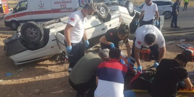Kayseri'de İki Otomobil Çarpıştı: 1 Ölü, 9 Yaralı