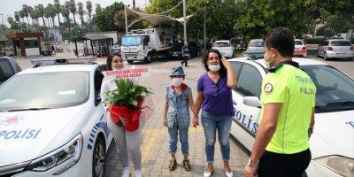 Trafik Polisinin Sınava Yetiştirdiği Öğrencinin Üniversite Hayali Gerçekleşti
