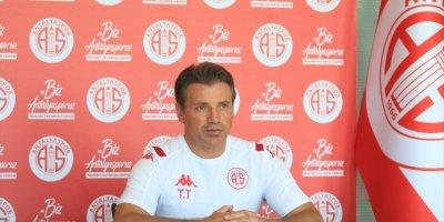 """Antalyaspor Teknik Direktörü Tuna: """"Lige İyi Başlamak İstiyoruz"""""""