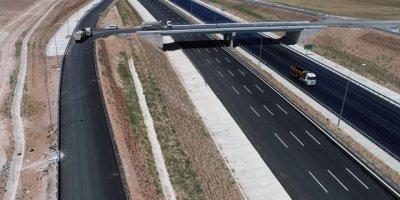 Ankara - Niğde Otoyolu İle Edirne'den Şanlıurfa'ya 1200 Kilometre Kesintisiz Ulaşım