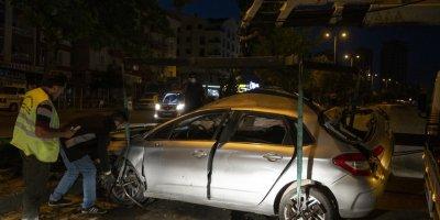 Trafik Kazasında Yaralanan Arkadaşlarını Olay Yerinde Bırakıp Kaçtılar
