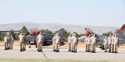Hava Kuvvetlerinin Yeni Uçuş Eğitim Yılı Açıldı
