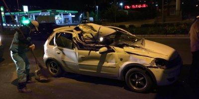 Kayseri'de Tıra Arkadan Çarpan Otomobildeki 2 Kişi Yaralandı