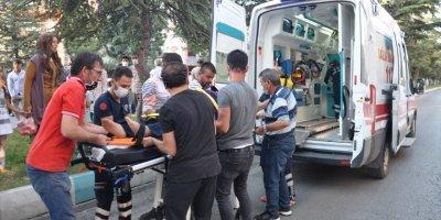 Konya'da Otomobilin Çarptığı Kadın Yaralandı