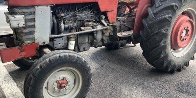 Parasını Alamayınca Traktör Çaldı