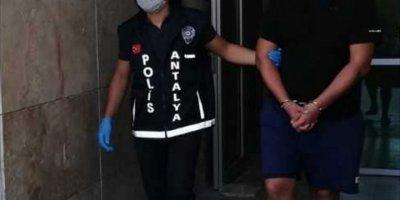Antalya'da Dolandırıcılık Yaptığı İddia Edilen Şüpheli Tutuklandı
