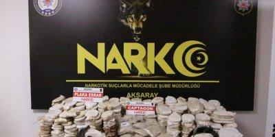 Aksaray'da 79 Kilo 750 Gram Esrar Ve 23 Bin Uyuşturucu Hap Ele Geçirildi