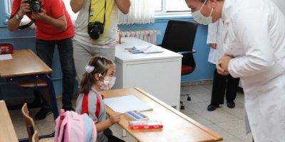 Aksaray Valisi Hamza Aydoğdu'dan Öğretmenlere Anlamlı Hediye
