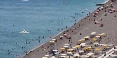 """Antalya """"Güvenli Tatil"""" İle Yabancı Rakiplerini Geride Bıraktı"""