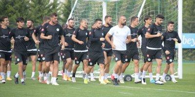 """Konyaspor, Beşiktaş Maçından """"Mutlu"""" Ayrılmak İstiyor"""