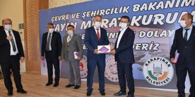 Bakan Kurum'un Katkıları İle Alınan Tabletler, Karapınar'da Okul Müdürlerine Teslim Edildi