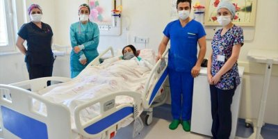 Antalya'da Gebeliği Riske Giren Anneye Müdahale