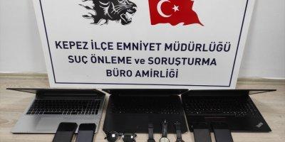 Antalya'da Hırsızlık Yaptığı İddia Edilen 4 Kişi Gözaltına Alındı