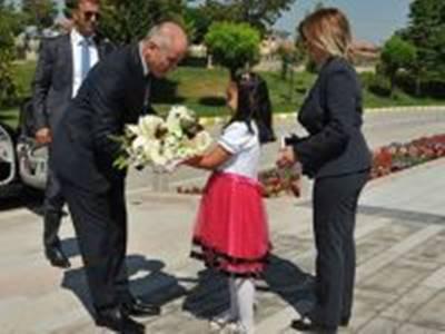 Karaman'ın Yeni Valisi Fahri Meral Göreve Başladı