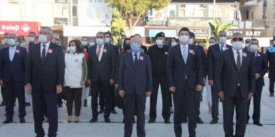 Antalya Ve İlçelerinde Öğretmenler Günü Kutlandı