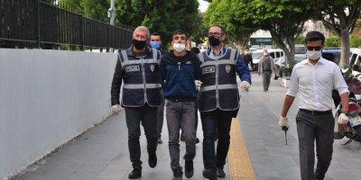 Antalya'da Hırsızlık Şüphelisi İki Kişi Tutuklandı
