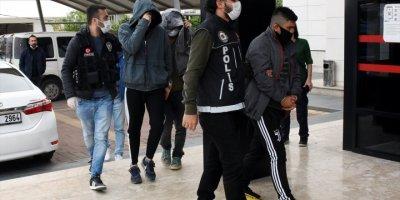 Alanya'da Uyuşturucu Operasyonu: 8 Gözaltı