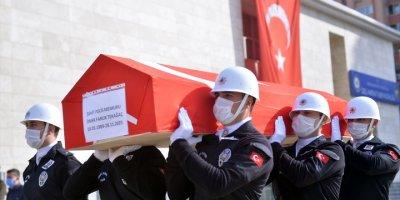 Mersin'de Midibüsün Devrilmesi Sonucu Şehit Olan Polis İçin Tören Düzenlendi