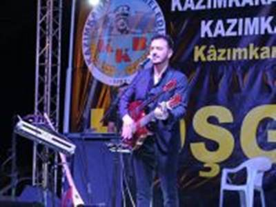 Kazımkarabekir'de Orhan Ölmez Sahne Aldı