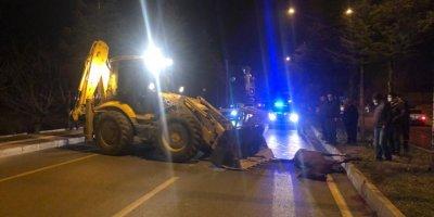 Antalya'da Başıboş Gezen Ata Çarpan Otomobilin Sürücüsü Yaralandı