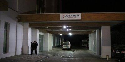 Karaman'da Tartışan Hasta Yakınlarına Müdahale Eden Güvenlik Görevlisi Bıçaklandı