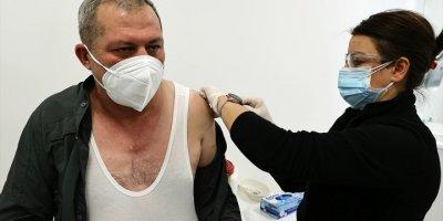 Kovid-19 Aşısı Yaptıranların Sayısı Bir Milyona Yaklaştı