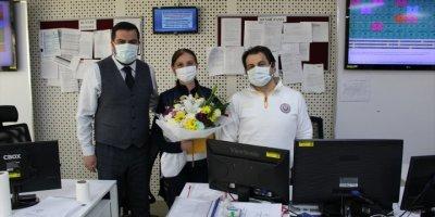 Eskişehir'de Emekliye Ayrılan Sağlık Çalışanı Mesai Arkadaşlarına Telsiz Anonsuyla Veda Etti
