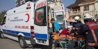 Mersin'de Gerçeğini Aratmayan Trafik Kazası Tatbikatı Yapıldı