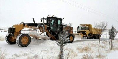 Aksaray'da Kar Ve Tipide Mahsur Kalan 2 Kişi Kurtarıldı