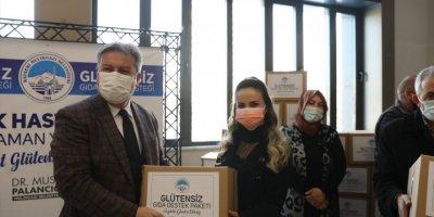 Melikgazi Belediyesi Çölyak Hastalarına 160 Glütensiz Gıda Paketi Dağıttı