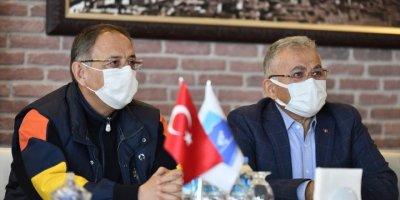 """AK Parti Genel Başkan Yardımcısı Mehmet Özhaseki: """"Şehirde Uyum Kültürü Var"""""""